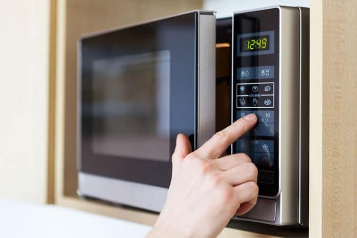 best microwave Australia